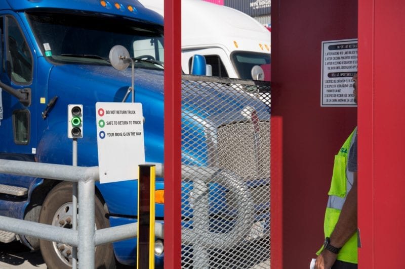 TraPac Los Angeles Automated Truck Handling